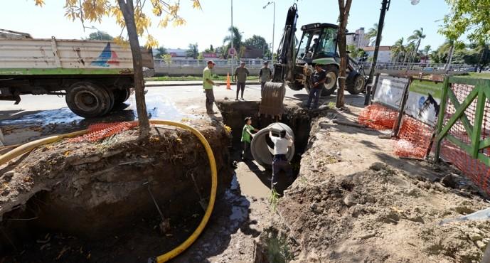 Obras hidráulicas en el centro comercial de calle Colón