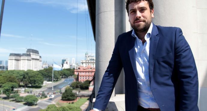 """Lucas Delfino: """"Vamos a colaborar con los municipios que quieran abrirse"""""""