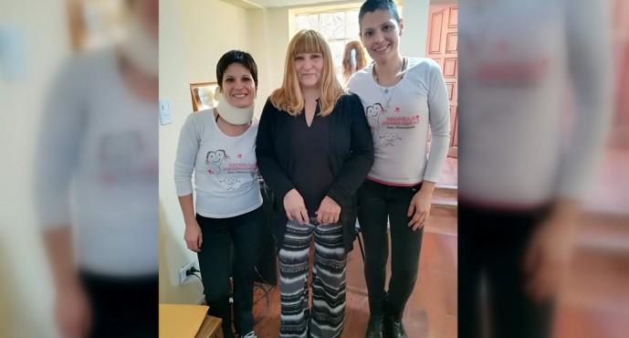"""Pelucas Solidarias: """"Tratamos de sacar la tristeza de la gente ayudando a que se vea mejor"""""""