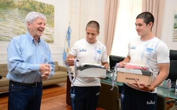 Andreotti recibió a jóvenes ganadores del Sudamericano de Canotaje