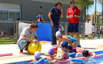 Juan Andreotti recorrió las Colonias de Verano de los Polideportivos