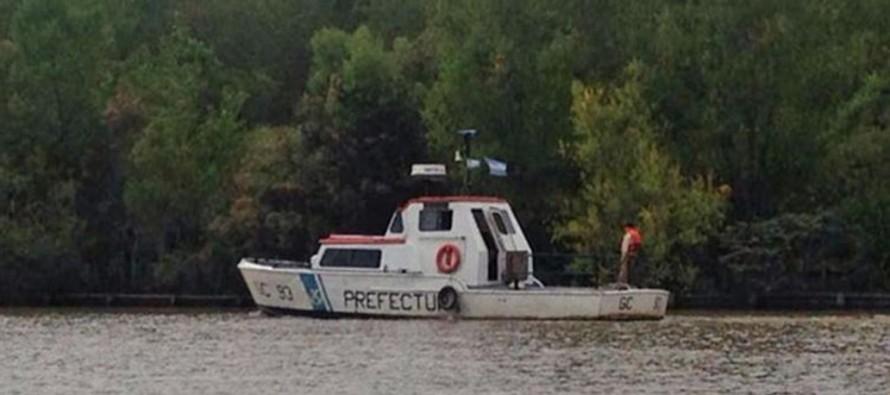 Prefectura busca a un joven que se arrojó al río Luján durante una fiesta en un barco