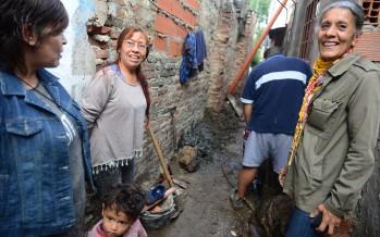 Comenzaron las conexiones de red cloacal en el barrio La Esperanza