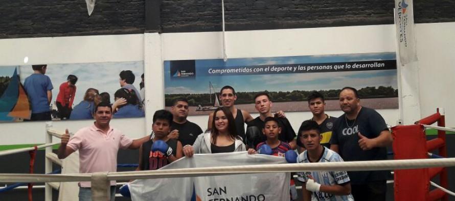 Los chicos del Centro Convivencial Terapéutico entrenaron en la Escuela de Boxeo