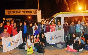 Remeros del Club San Fernando partieron hacia Córdoba para competir en el Torneo Nacional de Remo
