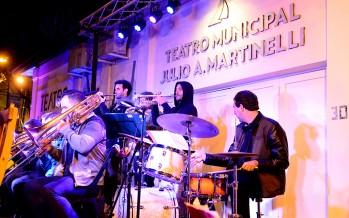 Con una variedad de actividades culturales se inauguró la temporada 2018 del Teatro Martinelli
