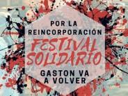 Festival solidario en la puerta de Mondelez
