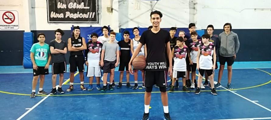 """Santiago Coronel: """"Quiero que mi papá se sienta orgulloso de cómo juego"""""""