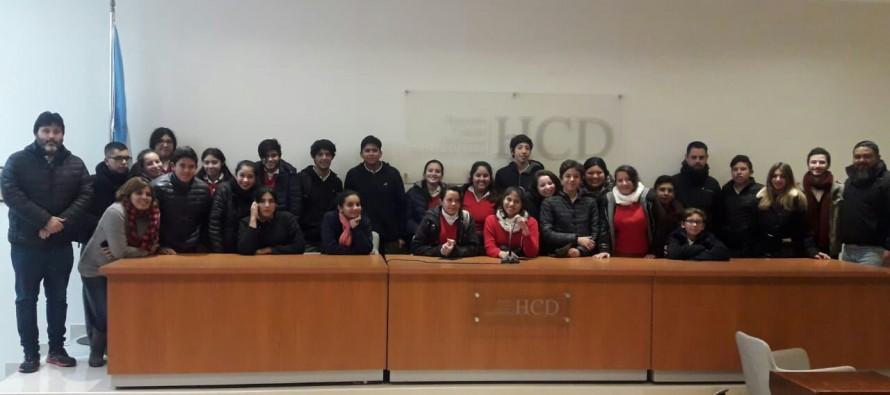 Estudiantes del colegio Comunidad Cristiana visitaron el Concejo Deliberante
