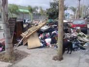 Una vecina del barrio Amor y Corazón solicita ayuda tras perder todo en un incendio