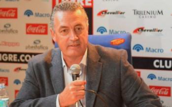 """Alfaro: """"Los partidos se empiezan a ganar en la mitad de la cancha"""""""