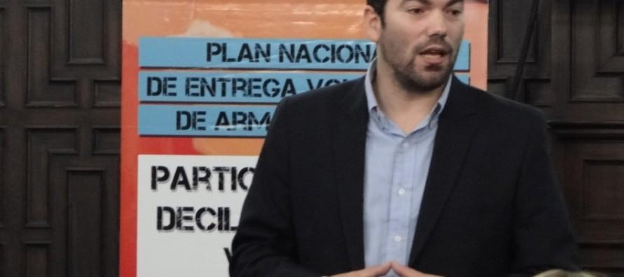"""Matías Molle: """"Una sociedad con menos armas es una sociedad más segura"""""""