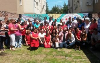 """El Taller Protegido descubrió un mural en su festejo del """"Día de la Familia"""""""