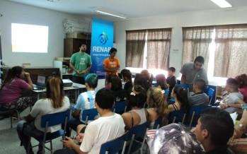 El RENAR recorre escuelas con los Promotores del Desarme
