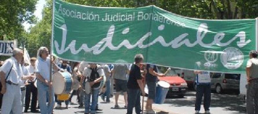 Los judiciales bonaerenses continuarán esta semana con las medidas de fuerza