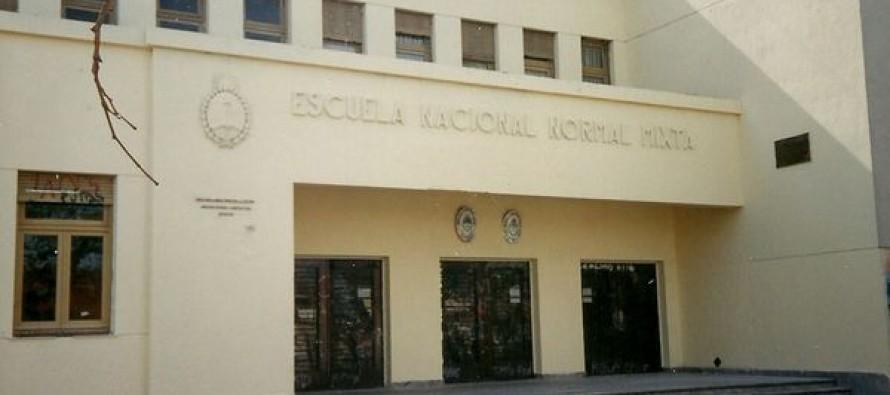 Una joven del Colegio Artigas está en coma tras protagonizar una pelea entre estudiantes