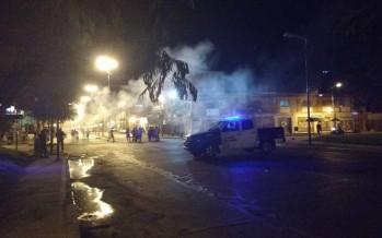 Vecinos de Villa del Carmen y San Ginés cortaron 202 y Acceso Norte por falta de luz