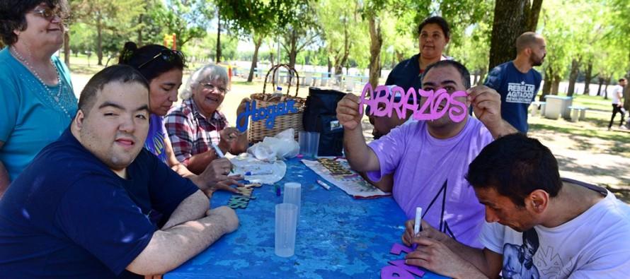 El Taller Protegido festejó el Día de la Familia en el Poli Nº 3