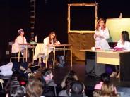 Convocatoria a escuelas y centros comunitarios para ver una obra sobre San Martín en el Teatro Martinelli