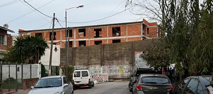 """""""Nosotros nos manejamos en forma institucional. La demora en la entrega de las viviendas no es responsabilidad del municipio"""""""