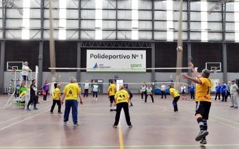 En el Poli N°3 se jugó una nueva fecha de la liga anual de voley adaptado para adultos mayores