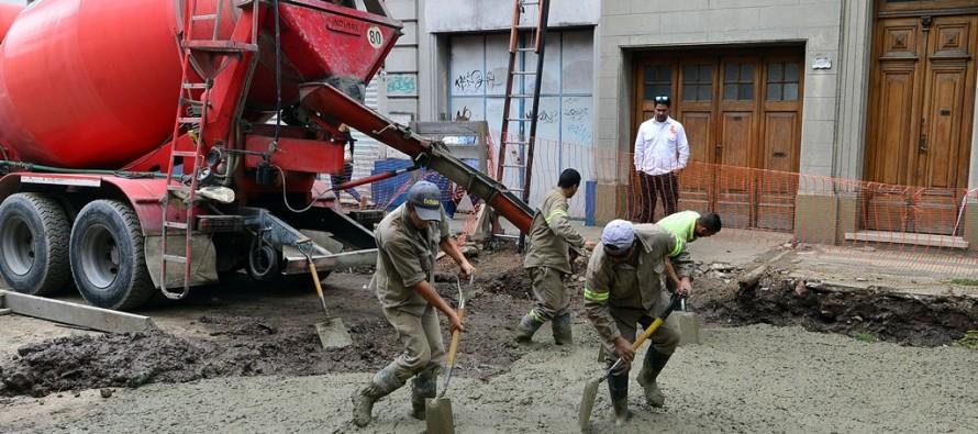 Obra hidráulica y de pavimentación de 3 de Febrero y restauración del adoquinado de Lavalle