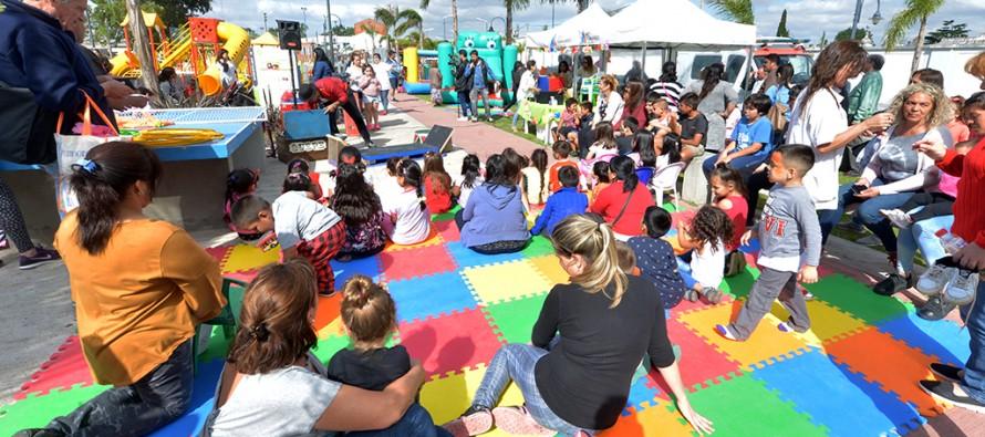 Se celebró el Día Internacional de los Derechos del Niño en la Plaza del Bicentenario