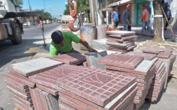 Avanza la última etapa de renovación de veredas de la Avenida Avellaneda