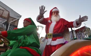 Desfile de Navidad en el centro comercial de San Fernando