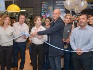 Se inauguró el renovado local de Mc Donald´s de Victoria