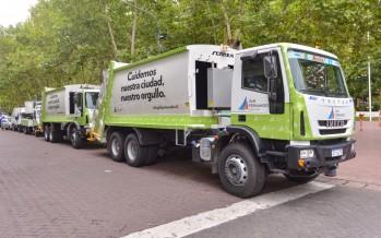 Cuatro nuevos camiones para la flota municipal