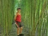 Belén Fernández, la maestra isleña que hace instrumentos musicales con su propio cañaveral de bambú