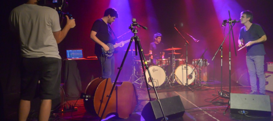 Un ex integrante de Divididos grabó material para su álbum solista en el Teatro Martinelli