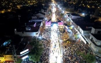 Más de 250 mil personas asistieron a lo largo de las tres noches al Gran Corso Familiar