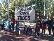 """""""Las tomas y el acampe en Plaza Mitre reflejan la falta de acceso al derecho a una vivienda digna"""""""