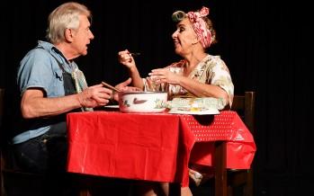 """""""No hay Dos sin Tres"""" a sala llena en el Teatro Martinelli"""