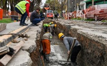 Avanza la construcción de un ducto alivianador a lo largo de la calle Martín Jacobe