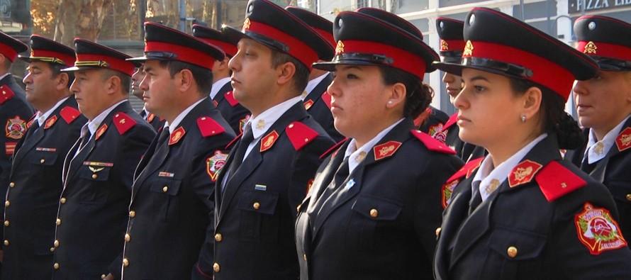 En la Plaza Mitre se realizó un homenaje a los Bomberos Voluntarios en su día