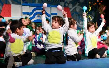 Los jardines maternales municipales celebraron el 9 de Julio en el Teatro Martinelli