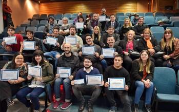 Los jóvenes capacitados en oficios digitales recibieron sus diplomas en el Centro Universitario Municipal