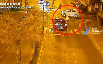 Detienen a dos motociclistas que hacían picadas y chocaron a un automóvil en Avellaneda y Rucci