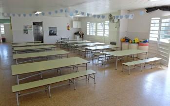 Entrega de mobiliario para acondicionar el Jardín Provincial N° 910