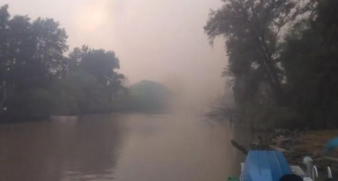 Un incendio en el delta dejó un fuerte olor a quemado