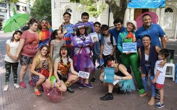 Actividad de concientización sobre la problemática de la pirotecnia sonora en Plaza Mitre