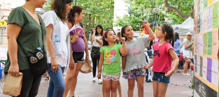 Se celebró en la Plaza Mitre el Día Universal de los Niños y Niñas