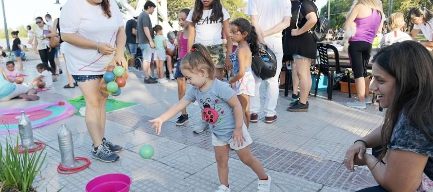 Mateada y actividades culturales en la Costanera Municipal