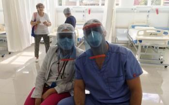 Más vecinos se suman a construir máscaras con impresoras 3D para donar a los hospitales de nuestra ciudad