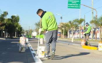 El Municipio continúa la parquización y el mantenimiento de las avenidas