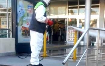 Desinfección en frentes, puertas y estacionamientos de supermercados e hipermercados de nuestra ciudad