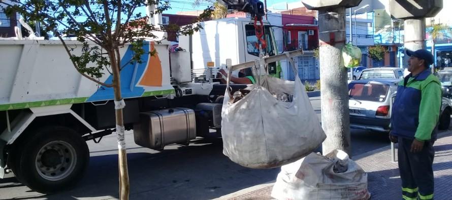 Higiene urbana: el Municipio retira bolsones con restos de materiales de obra